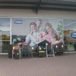 Mytí oken v Brně, odstranění folií a plakátů
