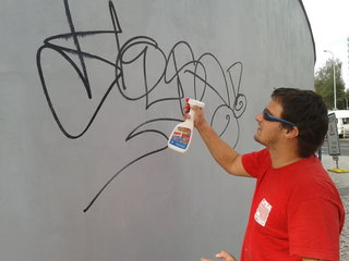 Odstranění graffiti z fasád Brno