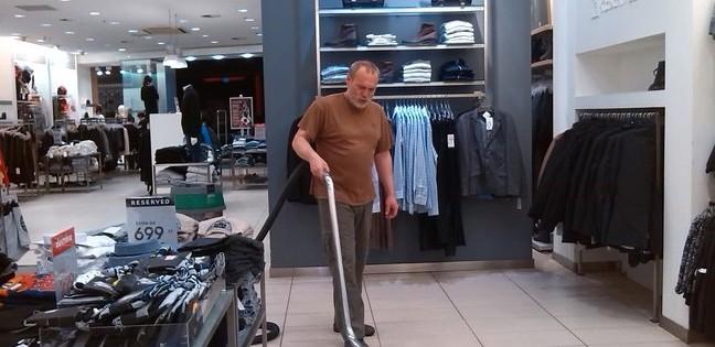 Čištění a voskování podlah v Brně