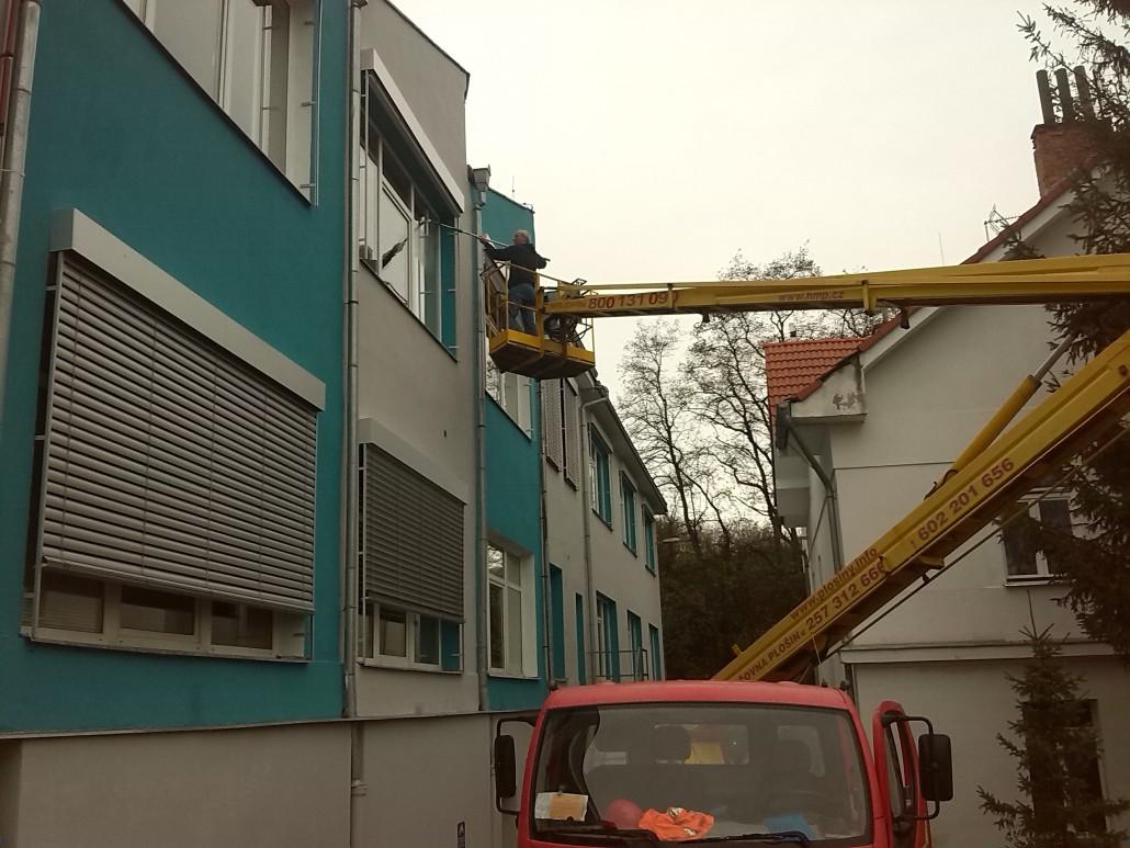 Výškové práce z hydraulického ramene Brno